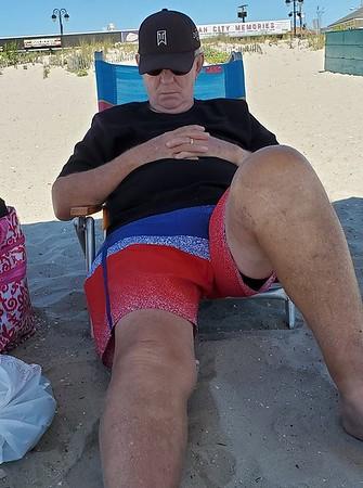 bruz at beach Aug2019.jpg