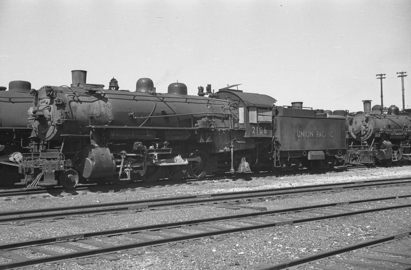UP_2-8-2_2106_Pocatello-dead-line_Aug-25-1949_Emil-Albrecht-photo-0293-rescan.jpg
