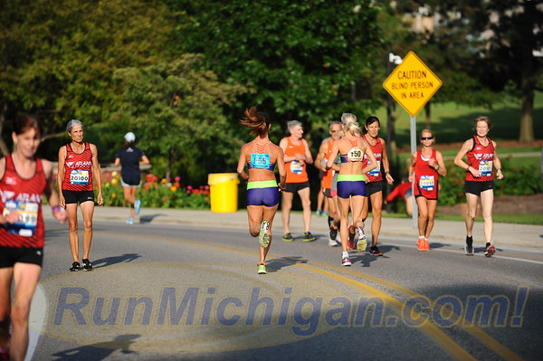 USATF Masters' Women Mile Start - 2017 Crim Michigan Mile