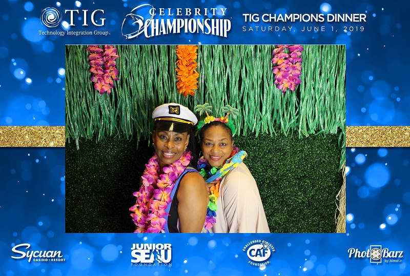 Celebrity Golf Sat Night76.jpg