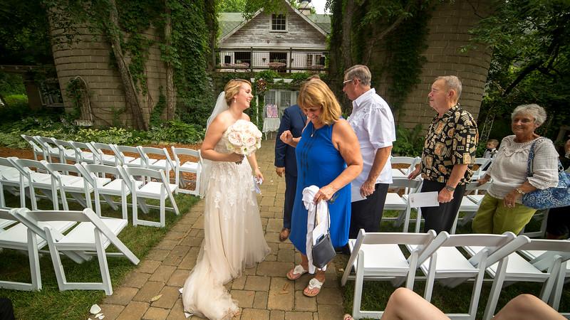 Garrett & Lisa Wedding (466).jpg