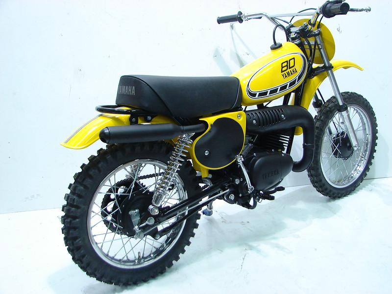 1976YZ80 004.JPG
