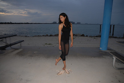 Miami Ballerina Experiment, Ali