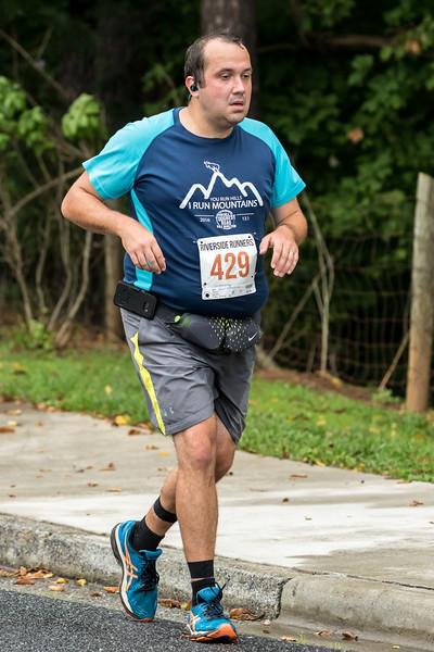 2017 Lynchburg Half Marathon 334.jpg