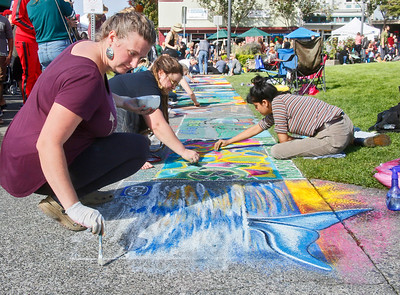 Photos: Pastels on the Plaza 2018