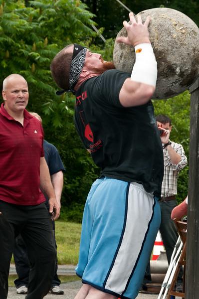 Fitness Revolution Strongman Challenge 2011_ERF4573.jpg