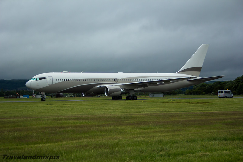 """P4-MES Boeing 767-33A Global Jet Luxembourg Glasgow Airport 04/07/15 Owned by Roman Abramovich, known as """"The Bandit"""" due to its cockpit paint detail."""