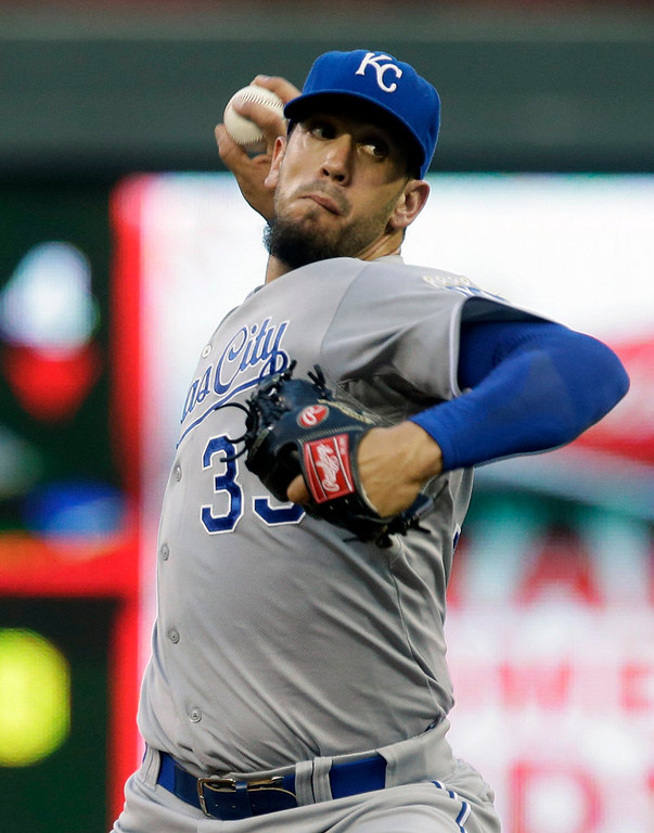 . Kansas City Royals\' James Shields throws against the Minnesota Twins in the first inning of a baseball game. (AP Photo/Jim Mone)
