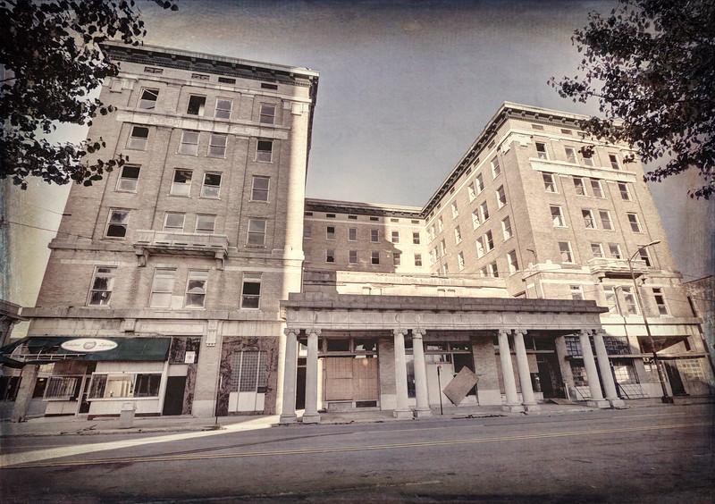 IMG_0096_7_8_Hotel Pines - Pine Bluff ps 2.jpg