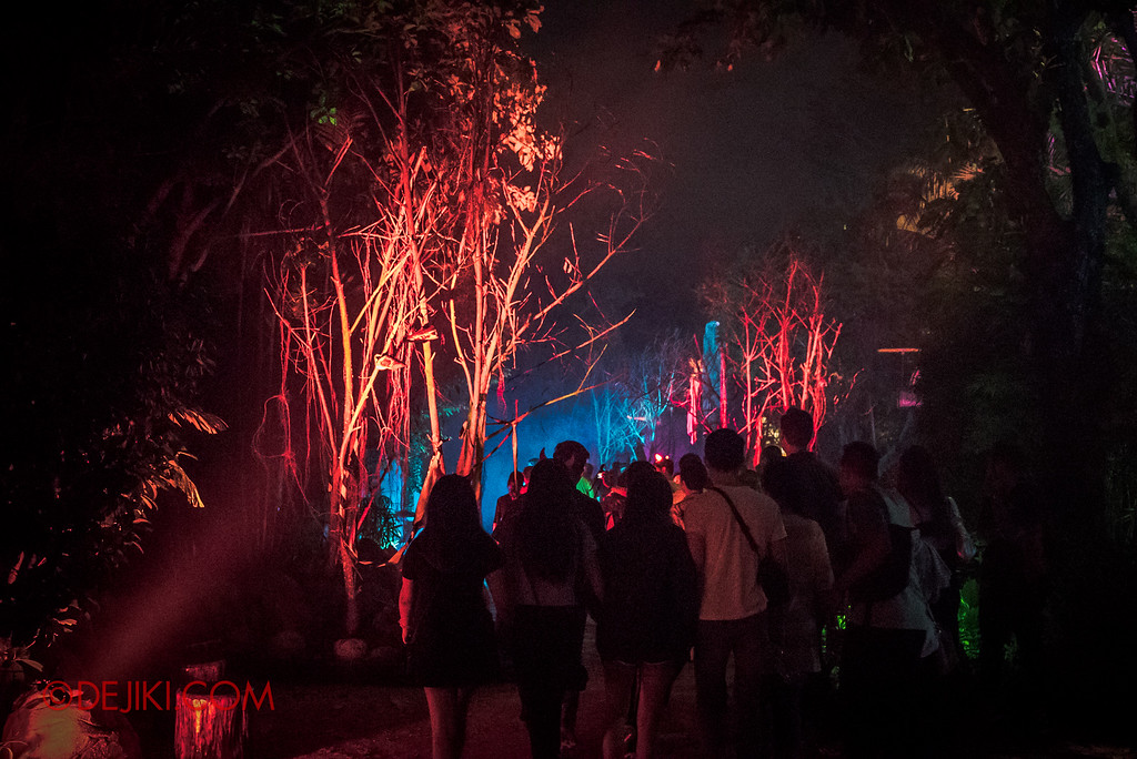 Halloween Horror Nights 6 - Suicide Forest scare zone / The Red trees