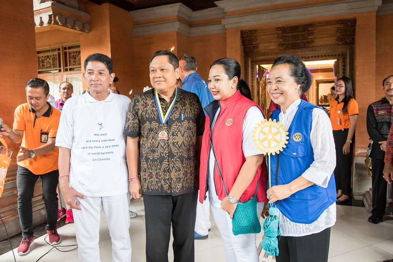 20170202_Peace Run Denpasar w_Mayor_081.jpg