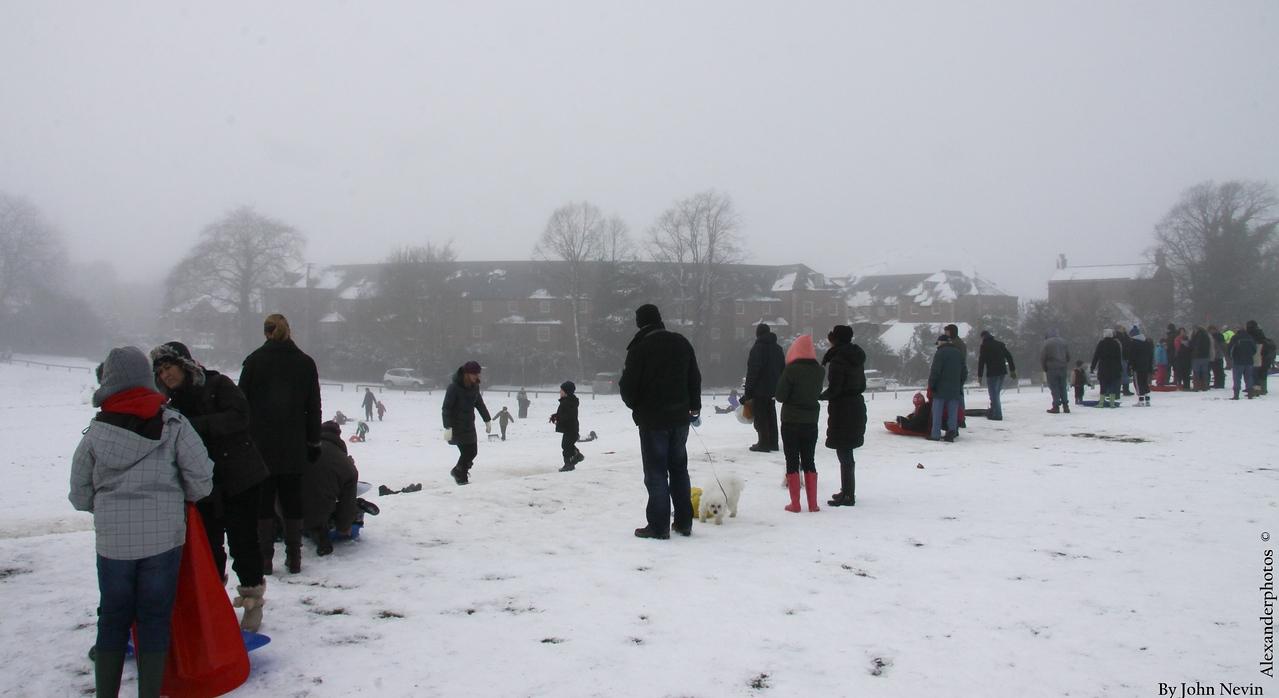 2012 Snow time Devon & Sconce hill park Image copyright ©