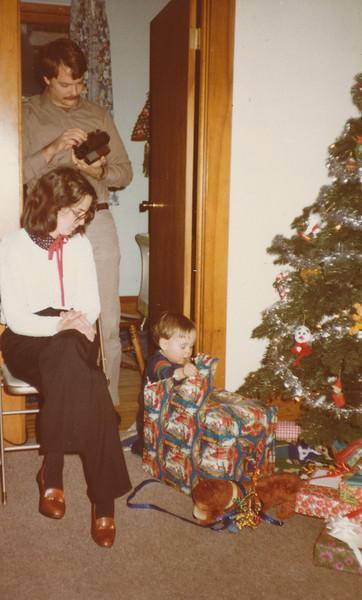 12-24-1981 Nick, Jane, Zachary Hiller.jpg