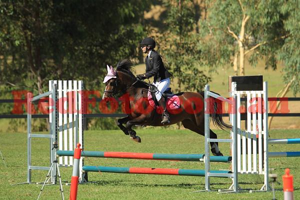 2011 03 26 Yalambi ShowJumping Classic Saturday Arena 2 60cm_Junior Jumper