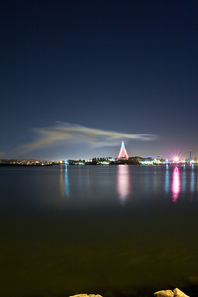 SD Mission Bay and Sea World at night
