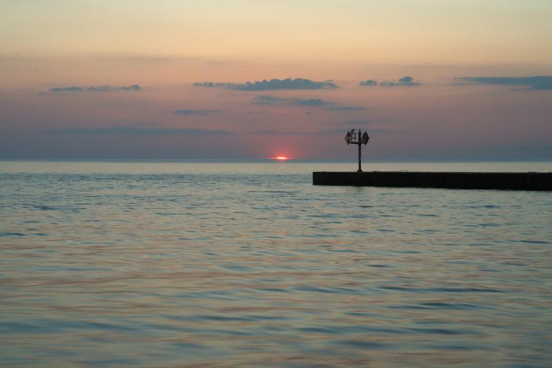 sunset_point_breeze_07_06142008.jpg