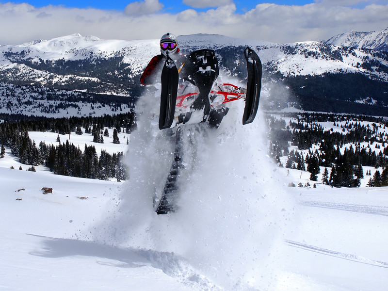 vail_pass_sledding_april_2013_2.JPG
