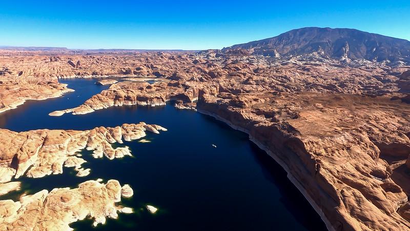 colorado-river-lake-powell-lighthawk-gopro8-card2-139.jpg