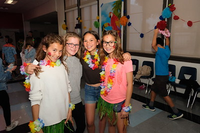 HMS Throws Dance for 6th-Graders