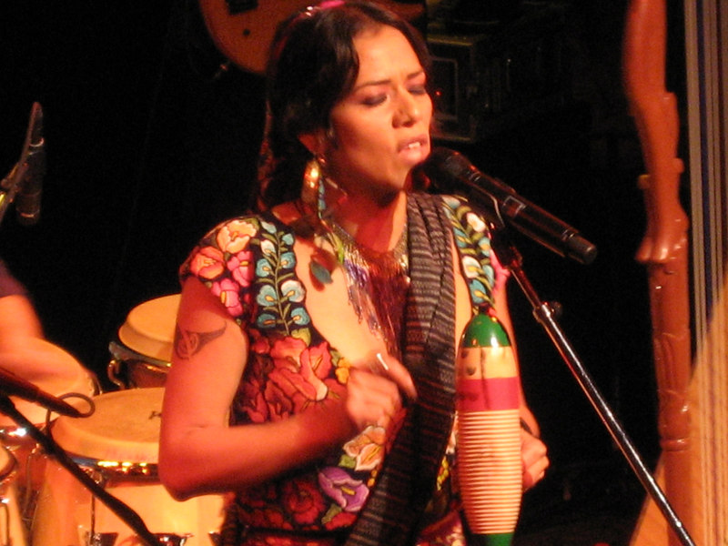 Lila Downs Seattle Mar 07 033.jpg