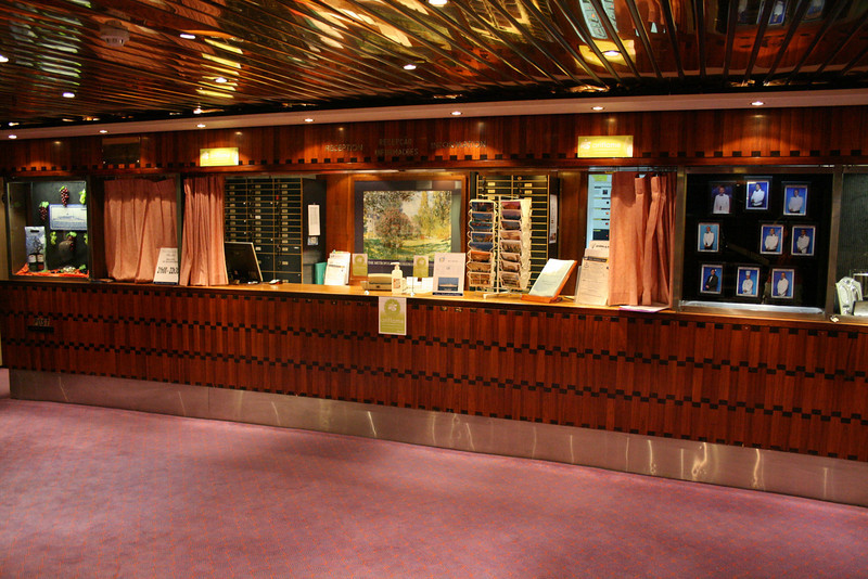On board T/S FUNCHAL : Reception, Azores deck.