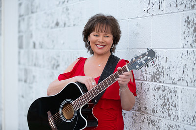 Dee Reilly Singer Songwriter Musician Local Band Artist Vocalist Westfield Ma Western Mass New England Photos Pictures Art Christmas Album Cd Case Portrait Holiday Kimberly Hatch Photography Mill Crane Pond Holyoke Hadley Massachusetts Suffield Enfield Gr