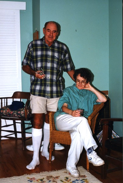 Harvey and Debbie 25:12:1997.jpg