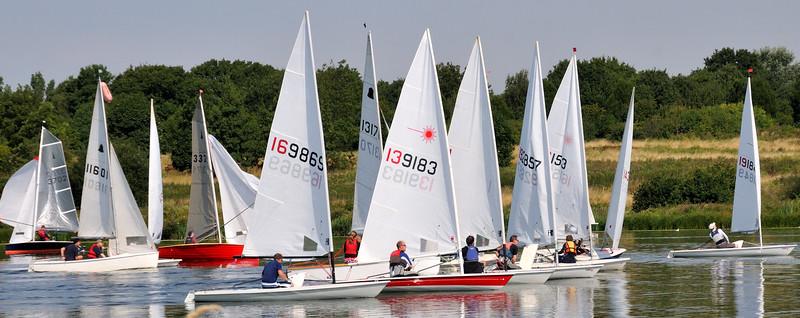 Racing Yachts~3622-4w.
