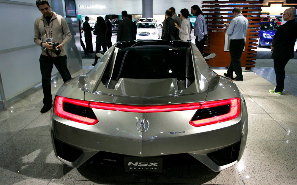 Description of . Honda Motor Co.'s Acura NSX concept car is displayed during the LA Auto Show in Los Angeles, California, U.S., on Wednesday, Nov. 28, 2012. The LA Auto Show is open to the public Nov. 30 through Dec. 9. Photographer: Jonathan Alcorn/Bloomberg