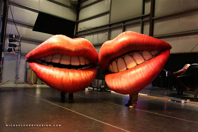 MAGNIFICO INFLATABLE MOUTHS final (23).jpg