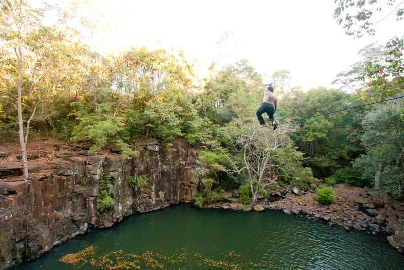 dalwood-falls-highlining-trent-holly-31.jpg