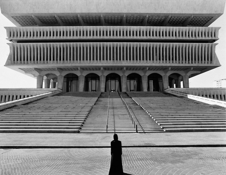 Famous Contemporary Photographers - Shirin Neshat