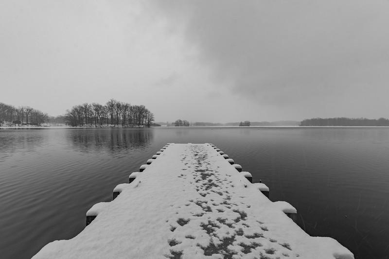 snow-wingfootlake2.jpg