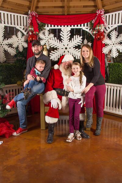 Santa 12-16-17-191.jpg