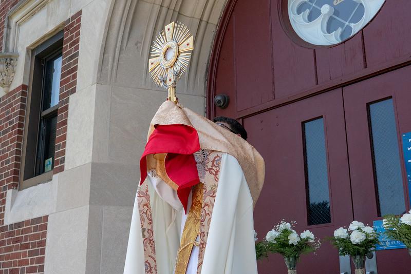 20190623_Corpus_Christi_Procession_NDNHP_035.jpg