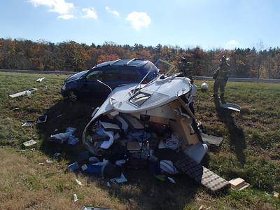 BUTLER TOWNSHIP MM122 INTERSTATE 81 VEHICLE ACCIDENT 10-26-2013 PICTURES BY COALREGIONFIRE