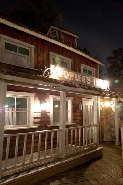 Nighttime @ Fowler's Inn