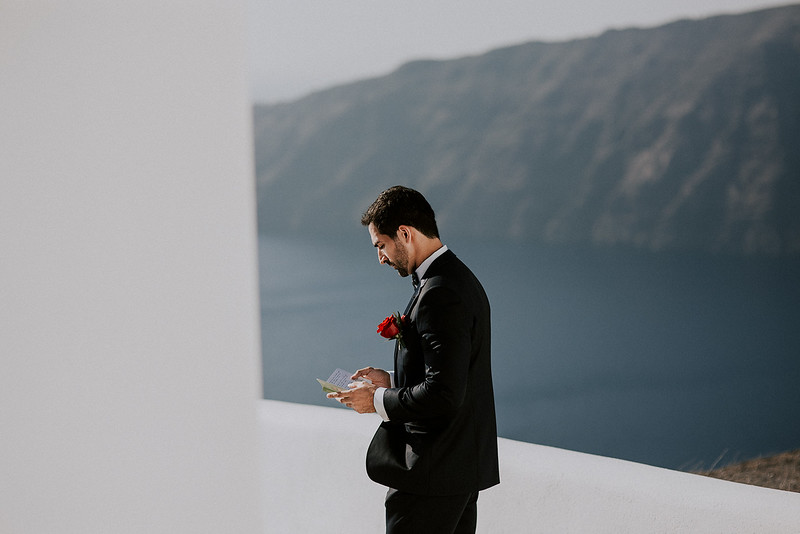Tu-Nguyen-Destination-Wedding-Photographer-Santorini-Rocabella-Hotel-Euna-Ehsan-367.jpg