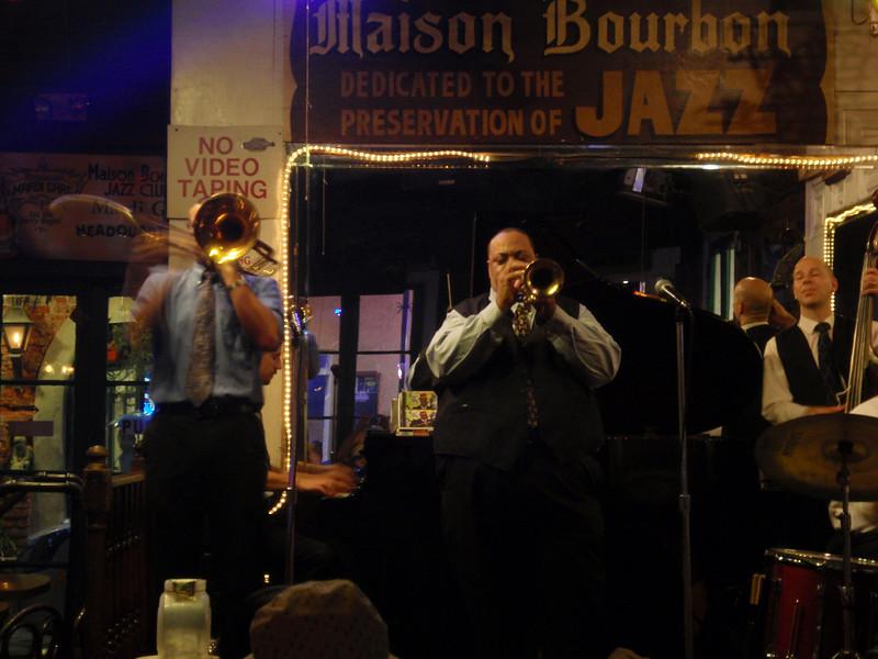 Onstage @ Maison Bourbon