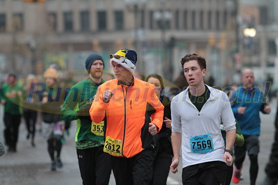 10K at 4.8 mile mark Gallery 2 - 2016 S3 Detroit Turkey Trot