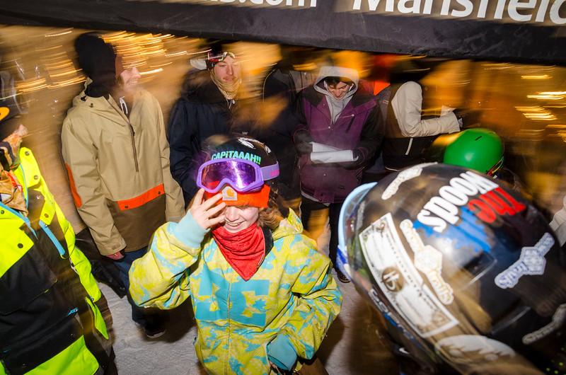 Nighttime-Rail-Jam_Snow-Trails-238.jpg
