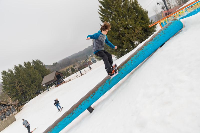 Pool-Party-Jam-2015_Snow-Trails-737.jpg