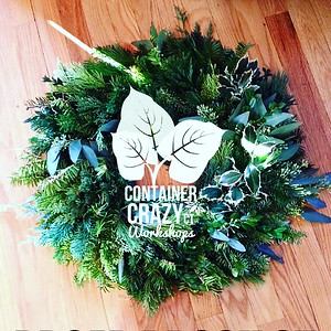 Wreaths and Kissing Balls