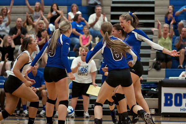 BHS Volleyball 2012 v Edmonds-Woodway