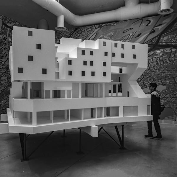 Biennale_carré_small-10.jpg