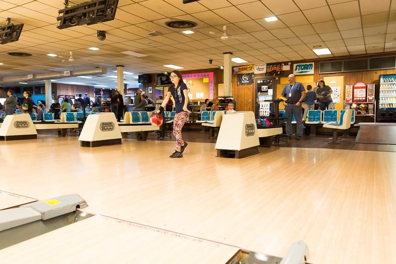 Maddie bowling-9660.jpg
