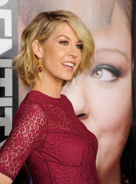 ". Actress Jenna Elfman arrives at the premiere of Universal Pictures\' ""Identity Theft\"" at the Village Theatre on February 4, 2013 in Los Angeles, California.  (Photo by Kevin Winter/Getty Images)"