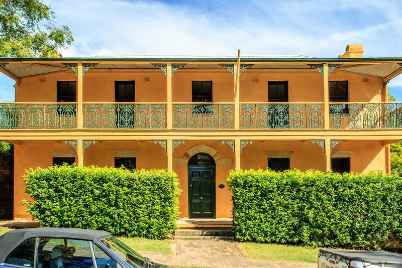 Built in the 1820s on John Howe's allotment.