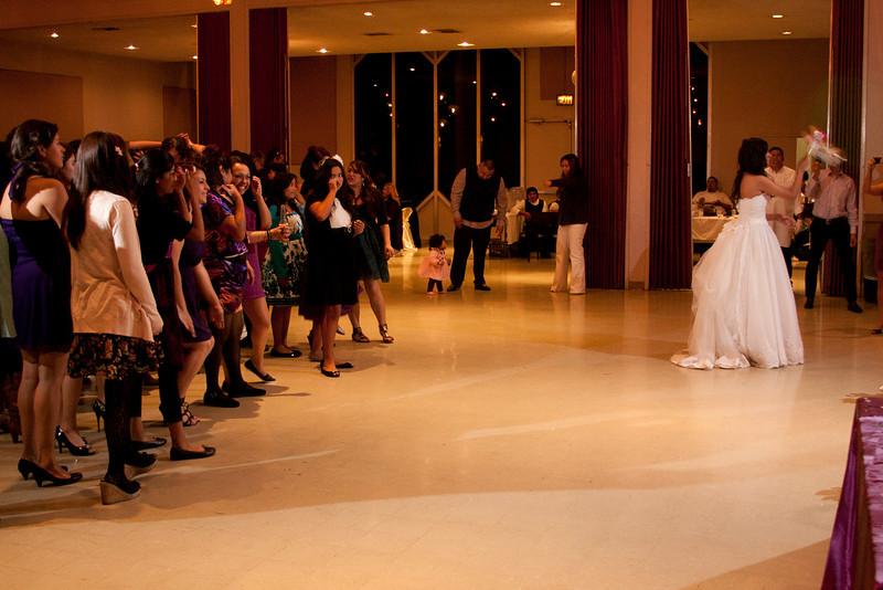2011-11-11-Servante-Wedding-703.JPG