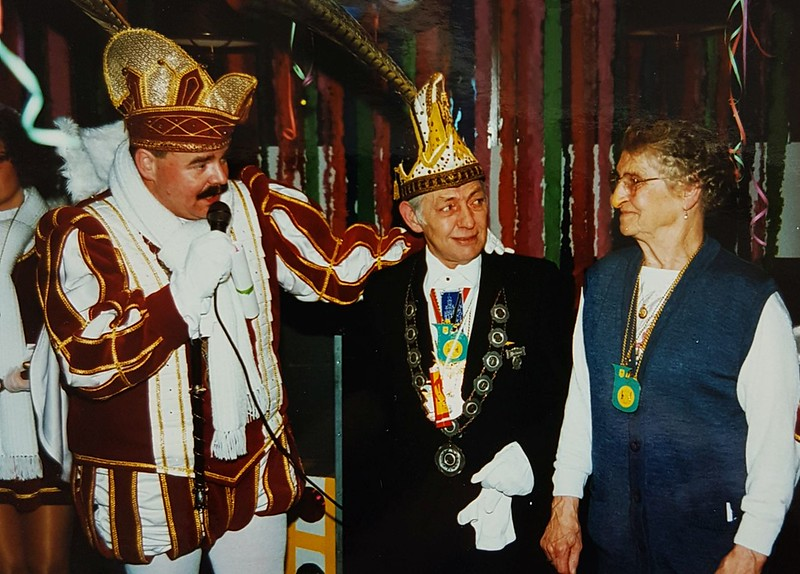 Kabinet van Prins Peter den Eerste op bezoek bij de de Valkeniers.